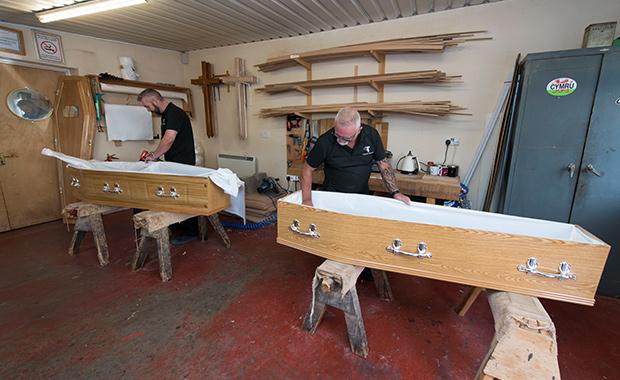 Coffins, Caskets & Urns